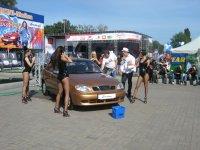 Авто шоу на Столичном , взгляд со стороны..