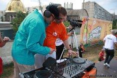 DJ на опен-эйр