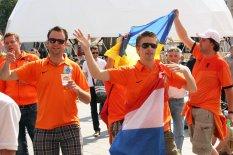 Фан-зона на Майдане Независимости приняла первых гостей и болельщиков