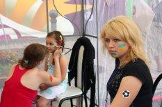 Утренний ураган накрывший Киев не смог разогнать отдыхающих в фан-зоне