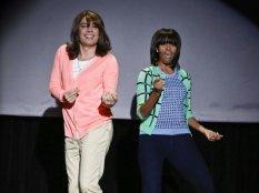 """Мишель Обама, первая леди америки станцевала на теле шоу танец  """"Эволюция танца мамы"""""""
