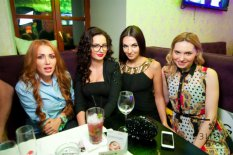 Models Home Party в Зима Бар